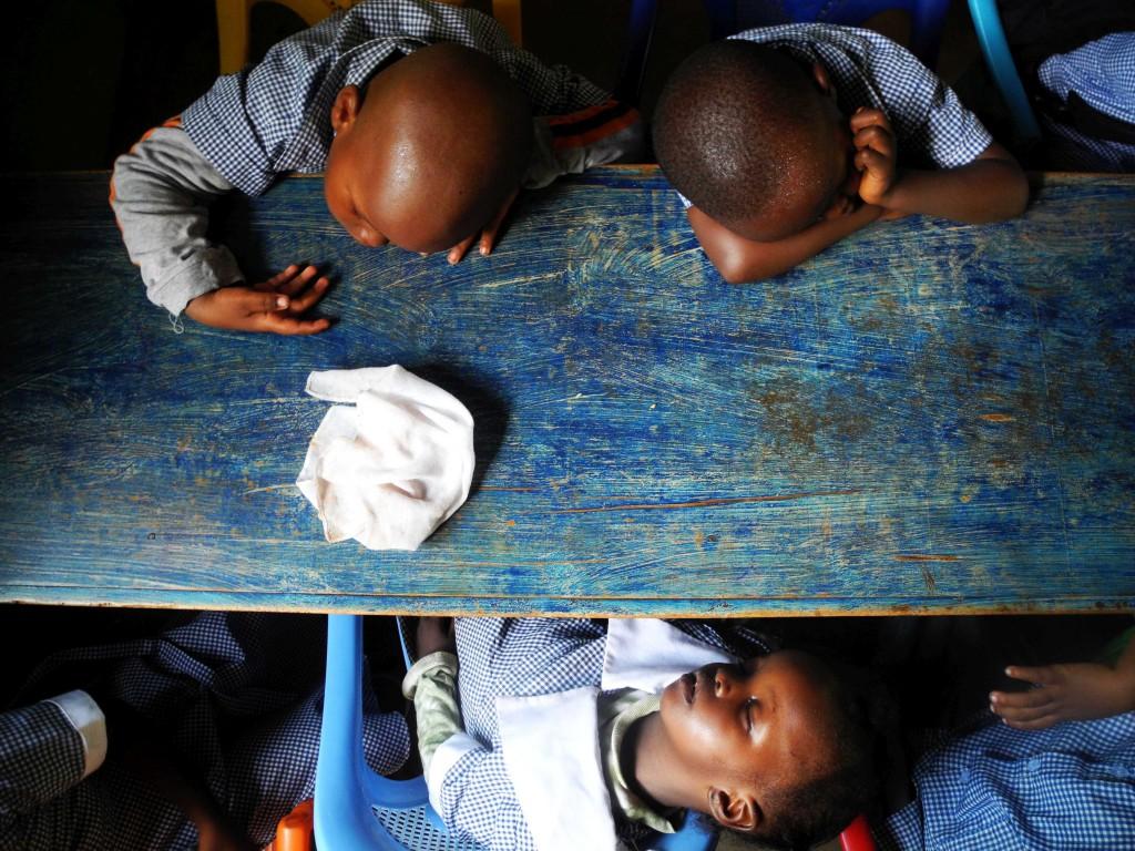 Mittags legt die Baby Class gern ein Nickerchen ein.